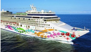 Norwegian Pearl at sea